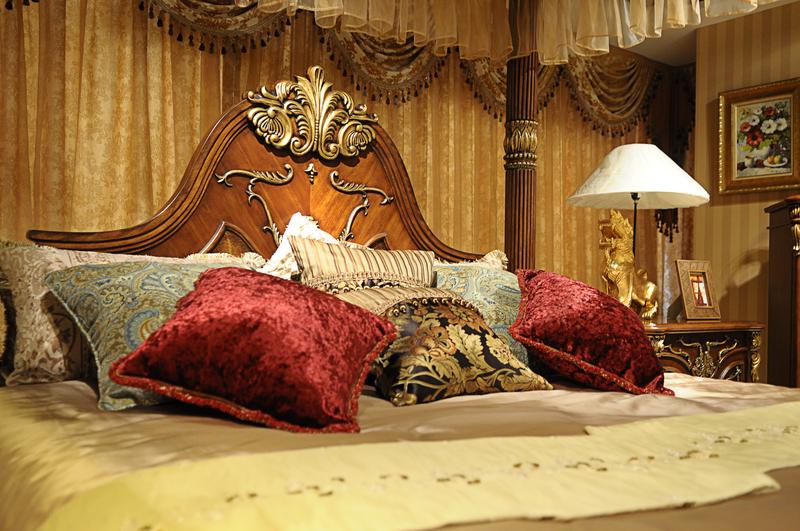 奢华古典欧式软装别墅三楼实景